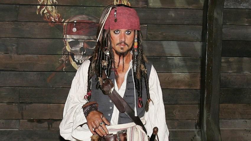 71316021GC012_Pirates_of_Th