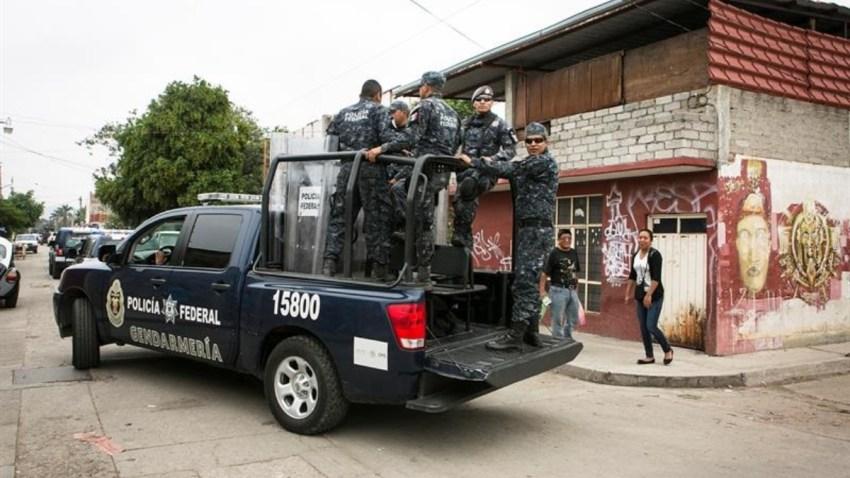 mexico-oaxaca-vigilancia-policial