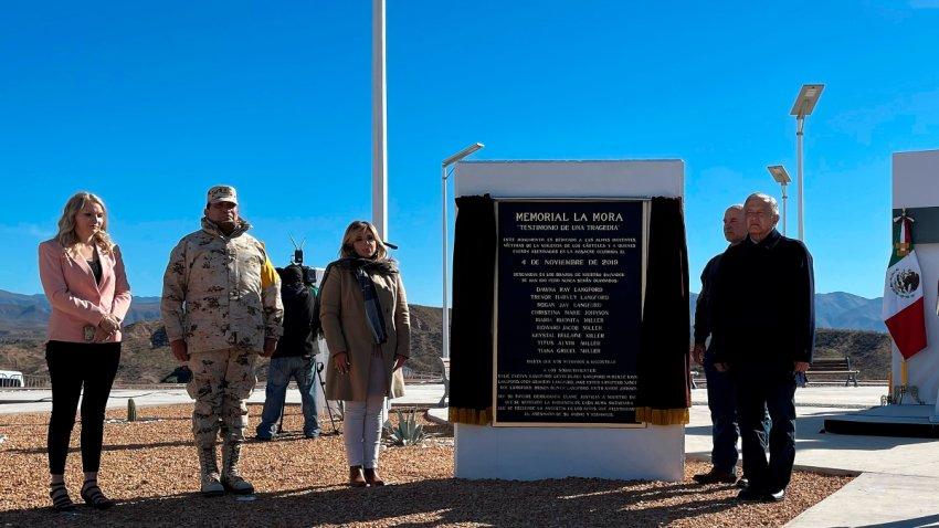 Autoridades en el memorial para los integrantes de la familia LeBaron asesinados