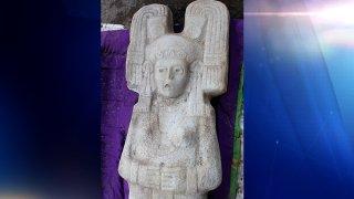 Escultura prehispánica hallada de Veracruz, México.