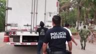 Hallan 791 migrantes en cuatro camiones de carga
