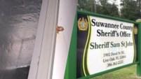 La policía de un condado en el norte de la Florida está investigando las circunstancias en las que tres niños murieron dentro de un...