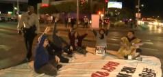 En la manifestación los presentes exigieron por un pago mínimo de $15 por hora