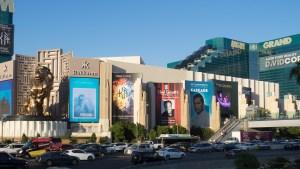 MGM demanda aseguradora tras masacre de Las Vegas