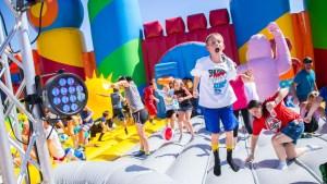 Llega a North Las Vegas el inflable más grande del mundo