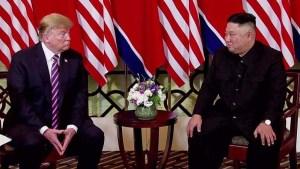Trump dice no dejará que Kim sea espiado por familiares