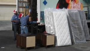 30 familias del valle recibirán muebles gratis para sus casas