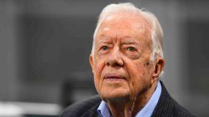 Expresidente Carter se recupera tras cirugía de cadera
