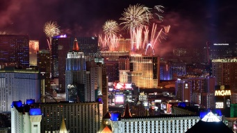 Fuegos Artificiales en el Strip reciben al 2019