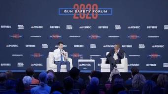 Candidatos democratas discuten sobre control de armas en Las Vegas
