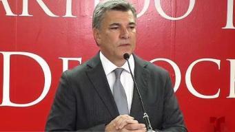 Charlie Delgado arremete contra el Gobernador