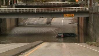 Fuertes lluvias causan inundaciones en sureste de Texas