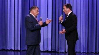 "Video: Don Francisco canta en inglés en ""The Tonight Show"""