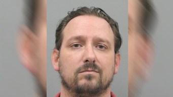 Padre de Henderson acusado de incesto con su hija