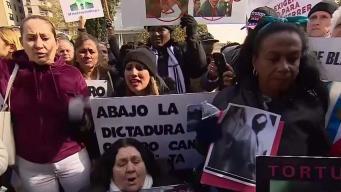 Protesta frente a embajada de Cuba en Washington