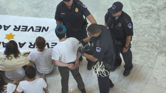 Activistas judíos piden cierre de centros de detención