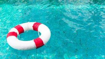 Niño con autismo es encontrado muerto en piscina