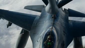 Gasolinera aérea: base de Nellis muestra cómo trabaja la Fuerza Aérea