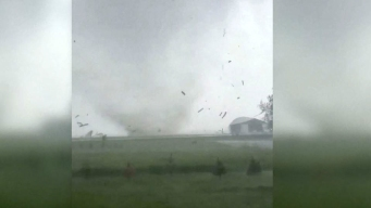 En video: infernal tornado destruye todo a su paso