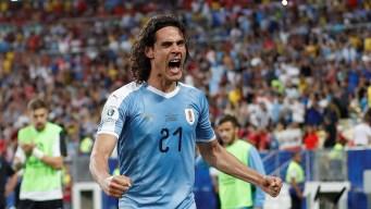 1-0 Uruguay arrebata 1er lugar a Chile gracias a Cavani