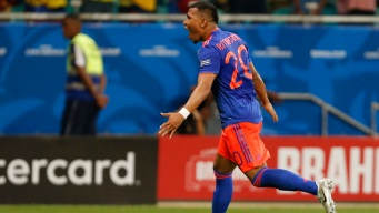 Con golazos, Colombia le gana 2-0 a Argentina