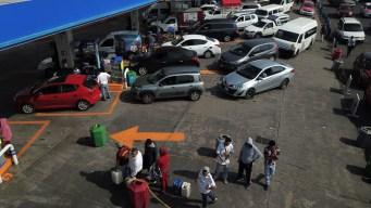 Crisis de gasolina: AMLO ve avance, pero no canta victoria