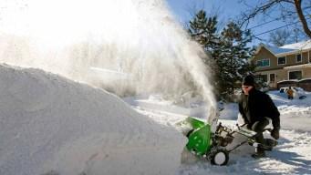 Feroz tormenta invernal no da tregua en el centro del país