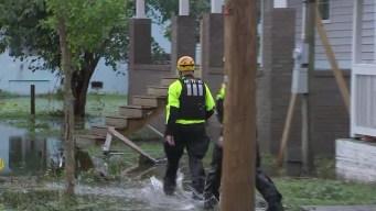 Rescates en vecindarios inundados por Florence