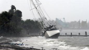 Huracán Dorian se fortalece de nuevo a categoría 3 rumbo a las Carolinas