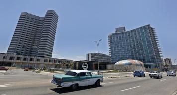Cuba recorta energía eléctrica para evitar apagones