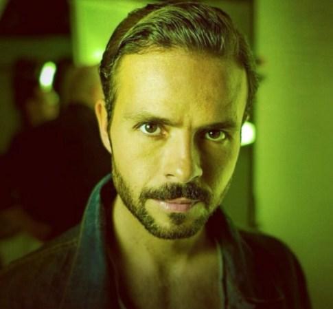 Este actor mexicano inici 243 su carrera cuando ten 237 a 5 a 241 os haciendo