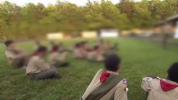 [TLMD - LV] Demandan a Boy Scouts por flecha en ojo de niño