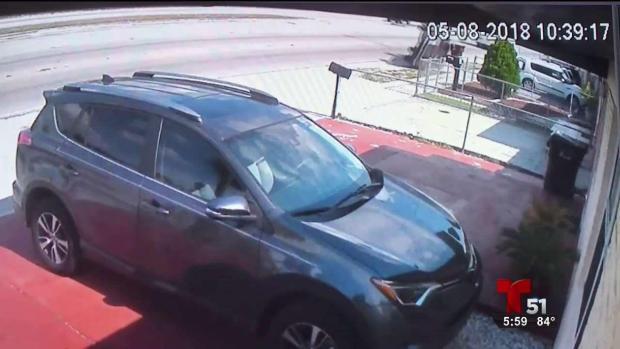 [TLMD - MIA] Imagenes exclusivas de auto que se impacta contra una casa