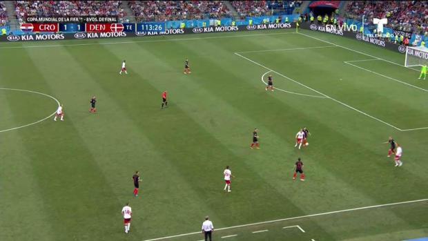 ¡Increíble! Dinamarca bloquea gol tras momento de desesperación