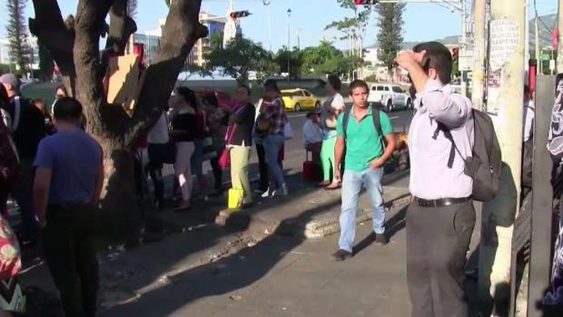 Salvadoreños se preparan para los comicios presidenciales