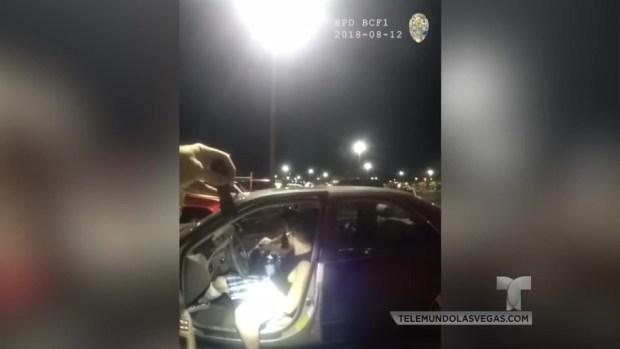 [TLMD - LV] Sospechoso atropella a oficial de Henderson