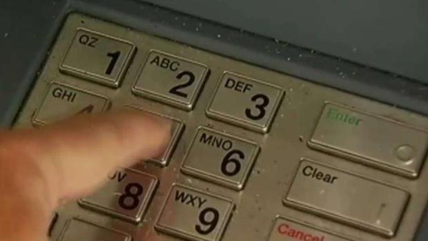 """[TLMD - LV] Hispano acusado de convertir cajero automático en """"máquina de casino"""" cerca de Las Vegas"""