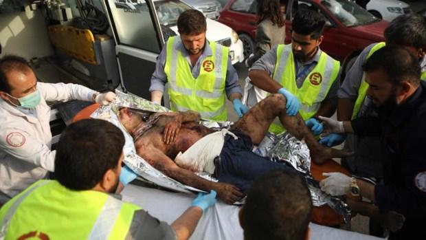 Sangriento ataque deja decenas de muertos