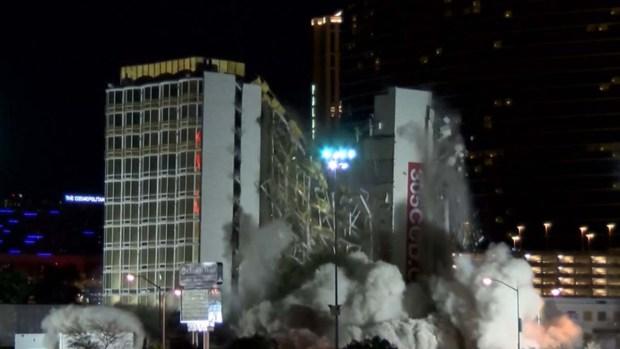 Implosión del hotel y casino Clarion