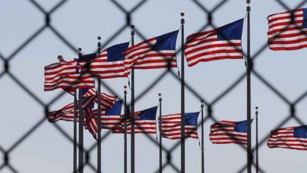 [TLMD - McAllen] ¿Puede una persona arreglar su situación migratoria si fue deportada?