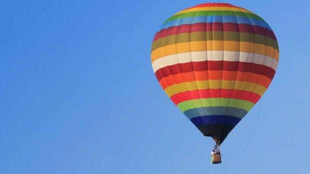 Captan en video incidente con globos aeroestáticos