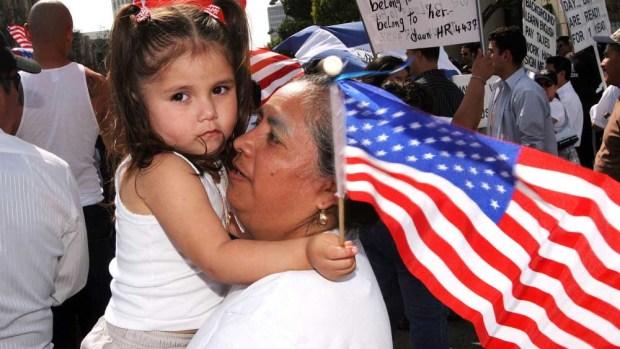 7 planes para inmigrantes que USCIS pretende llevar a cabo