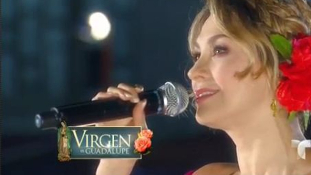 Video: Aracely Arámbula canta a la Virgen