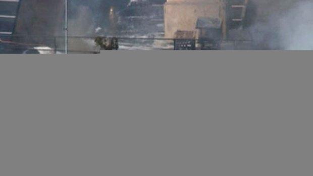 Video: Tres mueren al estrellarse avioneta