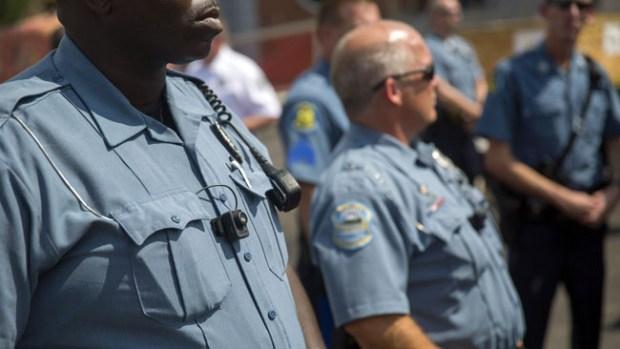 Video: Piden que policías porten cámaras
