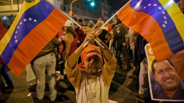 Video: Declaran ganador a Chávez