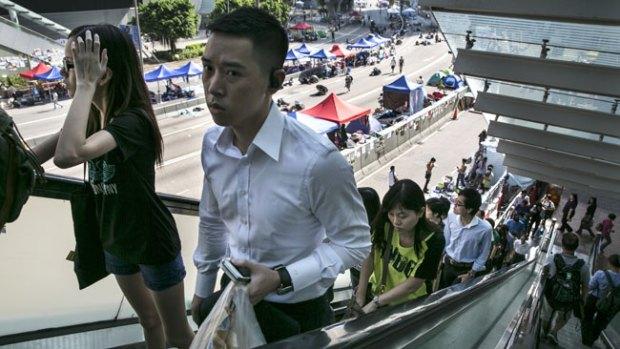 Video: Hong Kong vuelve a la normalidad