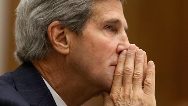 Video: John Kerry tantea la situación con Rusia