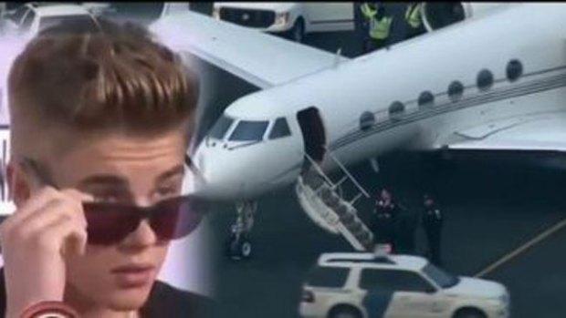 """Video: El """"fiestón"""" de Justin Bieber en su jet"""