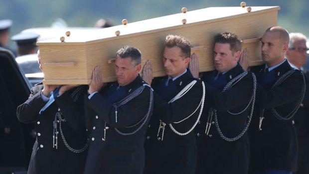 Video: Holanda: llanto y luto por 1os cadáveres